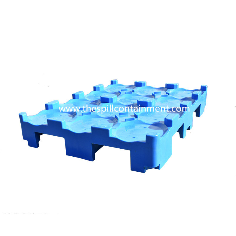 5 Gallon Cans Water Plastic Pallet